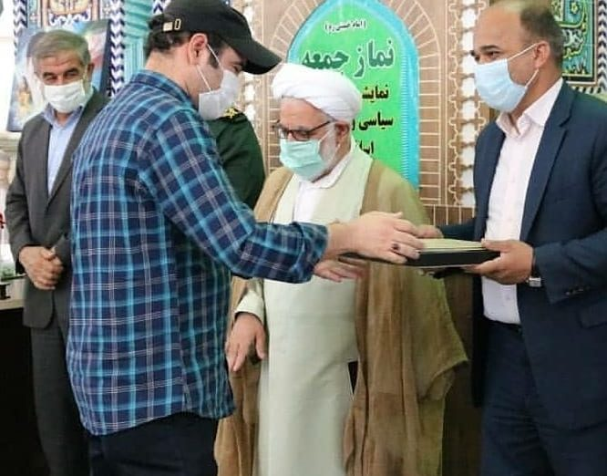 قدردانی از کارگردان سریال تلویزیونی «شاهرگ» با حضور مسئولان استانی