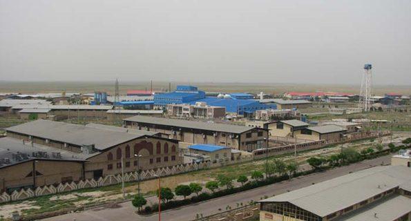 شهرک مسکونی ۷۳هکتاری در کنار شهرک صنعتی یزد ایجاد میشود/بیش از۶هزار کارگر یزدی در صف «مسکن کارگری»