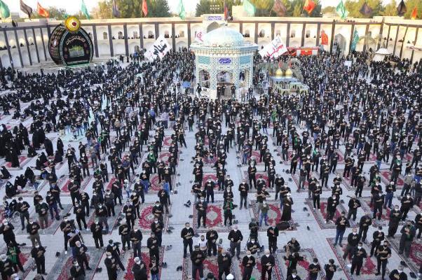 شور و شعور عزاداران حسینی در مراسم عصر عاشواری اشکذر