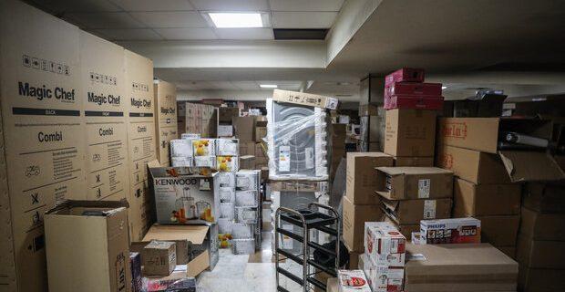 انبار احتکار میلیاردی لوازم خانگی در یزد شناسایی شد