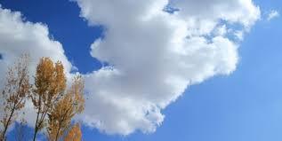 آسمان یزد در زیر نقاب ابرها